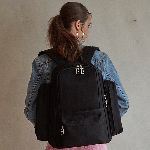 THE BLANK BACKPACK - BLACK