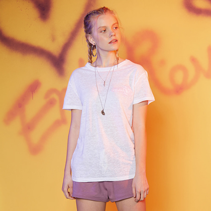 FOREVER ROSE LINEN T-SHIRT (WHITE)