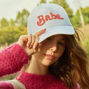 [시즌오프] BABE WHITE - BALL CAP